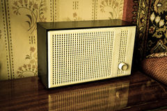 Sovjetisk retro radio Arkivfoton