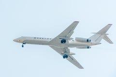 Sovjetisk trafikflygplan tu-134 Royaltyfria Foton