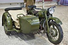 Sovjetisk tung militär motorcykel IMZ M-72 Royaltyfri Bild