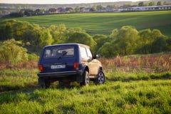 Sovjetiskt och ryss SUV Lada Niva Arkivbilder