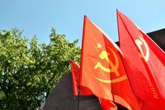 Sovjetunionen flaggor royaltyfri foto