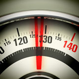 Sovrappeso - bilancia pesa-persone Fotografie Stock Libere da Diritti