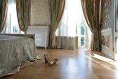 sovrumett slags tvåsittssoffalampa Royaltyfri Fotografi