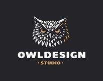 Sowa loga wektoru kierownicza ilustracja dekoracyjnego projekta emblemata graficzny ilustracyjny wektor Zdjęcie Royalty Free