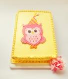 Sowa Urodzinowy tort Fotografia Stock