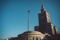 Sowjet Stalin-Palast der Kultur und der Wissenschaft in Warschau, Polen stockbilder