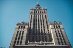 Sowjet Stalin-Palast der Kultur und der Wissenschaft in Warschau, Polen stockfotos