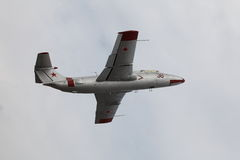 Sowjetische Militärflugzeuge im Flug Lizenzfreies Stockfoto