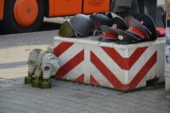 Sowjetische militaria collectibles auf dem Stall des Straßenhändlers in Berlin, Deutschland Stockfotos