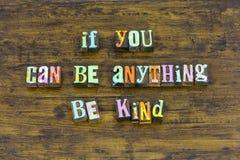 Soyez charité honnête gentille aimable de courage de confiance aider d'autres volontaires images stock