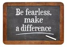 Soyez courageux, faites une différence images stock