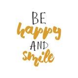 Soyez heureux et sourire Conception de lettrage de main Lettrage de main moder Images libres de droits