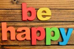 Soyez mot heureux photographie stock