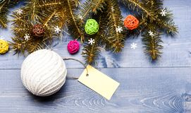 Soyez prêt pour Noël Vue supérieure de fond en bois de décorations de Noël Astuces pour préparer Noël à l'avance photos stock