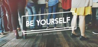 Soyez vous-même concept rare d'individualité unique différente photos libres de droits
