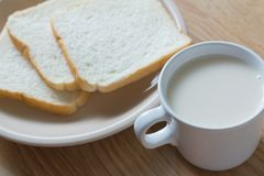 Soymilk i chleb Zdjęcia Royalty Free