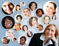 Sozialnetz der Geschäftsfrau. Stockfoto