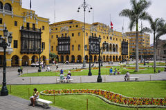 SozialstationsRathaus aus Lima auf Piazza-Bürgermeister Armas Stockfotos