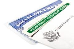 Sozialversicherungs- und permanent Ansässiger-Karte Lizenzfreies Stockbild