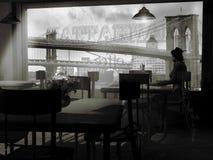 Sozinho no café ilustração do vetor