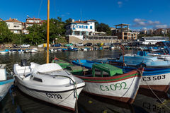 SOZOPOL, BULGARIE - 12 JUILLET 2016 : Panorama étonnant de port de ville de Sozopol, Bulgarie Image stock
