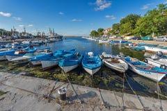 SOZOPOL, BULGARIE - 12 JUILLET 2016 : Panorama étonnant de port de ville de Sozopol, Bulgarie Images libres de droits