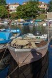 SOZOPOL, BULGARIEN - 12. JULI 2016: Erstaunliches Panorama des Hafens der Stadt von Sozopol, Bulgarien Lizenzfreies Stockfoto