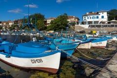 SOZOPOL, BULGARIEN - 12. JULI 2016: Erstaunliches Panorama des Hafens der Stadt von Sozopol, Bulgarien Lizenzfreie Stockbilder