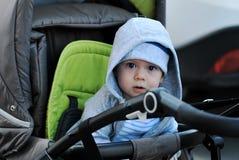 spädbarn arkivfoto