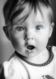 Spädbarn med uttryck av vördnad Royaltyfria Foton