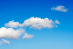 Spärliche Wolken Lizenzfreie Stockfotografie
