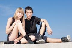 Späte Jugendliche betrachtet Kamera Lizenzfreie Stockfotografie