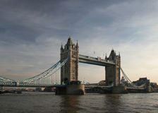 Später Nachmittag an der Kontrollturm-Brücke Lizenzfreies Stockbild