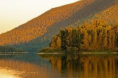 Spätes Tageslicht auf großem Nictau See am Berg Carleton stockfotografie