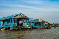 Spławowa wioska, Kambodża, Tonle aprosza, Koh Rong wyspa obrazy stock