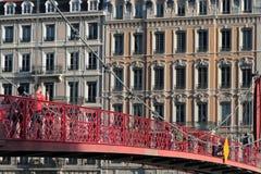 Spång över Saone River i Lyon Fotografering för Bildbyråer