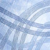 Spår av bilgummihjul på is Textur av isyttersida Spår med separat grungetextur, gummihjulfläckar, gummihjuldäckmönster, däckmönst Royaltyfria Bilder