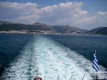 Spår av skeppet på vattnet Royaltyfri Bild