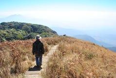 Spår på överkanten av Intanon Thailand Royaltyfria Bilder
