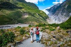 Spår på Franz Josef Glacier, Nya Zeeland arkivfoto