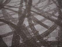 Spår på snön. Royaltyfri Bild