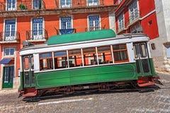 Spårvagn i Lissabon, Portugal royaltyfria foton