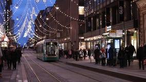 Spårvagn i mitt av Helsingfors, Finland arkivfilmer