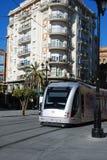 Spårvagn i stadsmitten, Seville, Spanien. Royaltyfri Bild