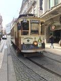 Spårvagn på stadsliv Arkivfoton