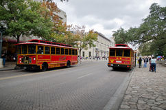 Spårvagnar i i stadens centrum San Antonio Arkivbild