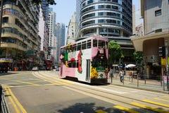 Spårvagnar också en turist- dragning för ha som huvudämne och den av den mest miljövänliga vägen av resanden i Hong Kong Fotografering för Bildbyråer