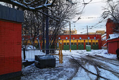 Spårvagnbussgarage i Moskva Arkivbild