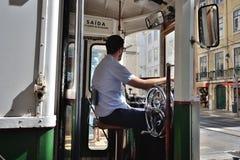 Spårvagnchauffören, Lissabon, Portugal Royaltyfria Bilder