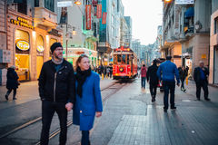 Spårvagnen av Taksim, Istanbul Royaltyfria Bilder